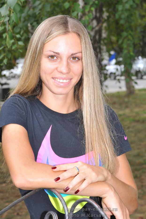 С триумфом вернулась из Канады, где проходил чемпионат мира по легкой атлетике, Марина Гришина. Она завоевала три медали – одну серебряную и две бронзовые