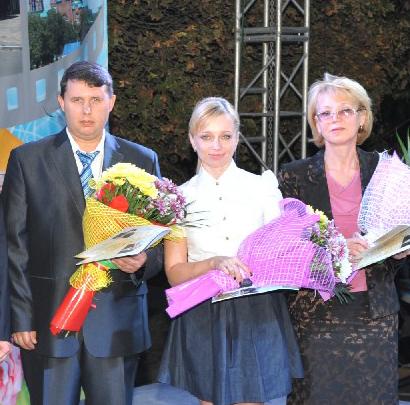 Р. Кадыров, Э. Чуприна и Н. Ермакова после вручения наград