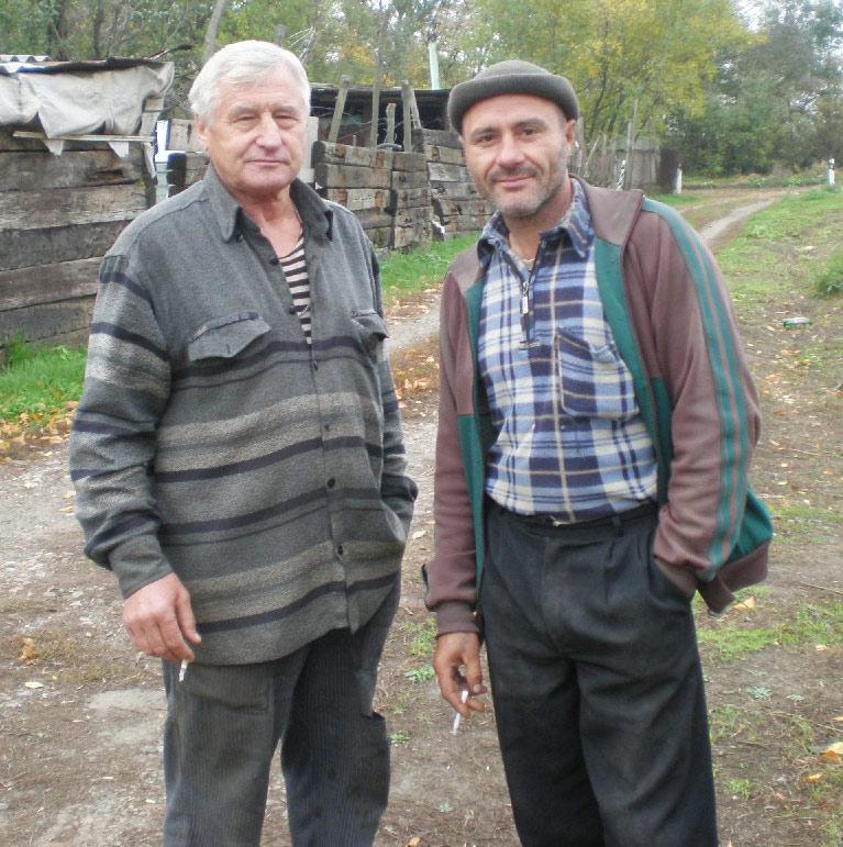 Слева направо: Василий и Анатолий
