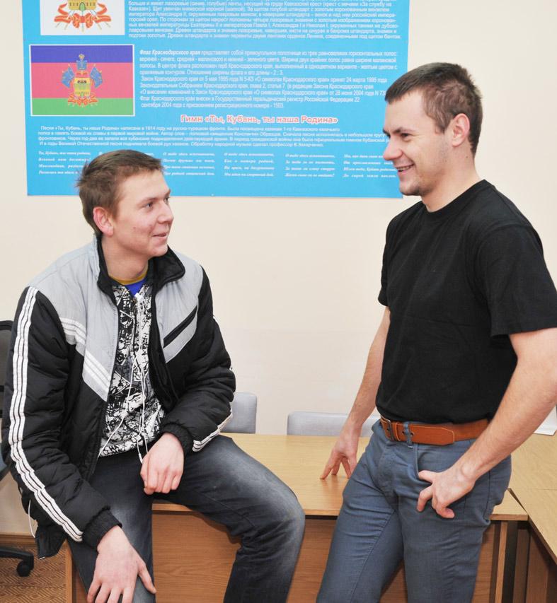 Алексей Новиков (слева) и Николай Деньгин вспоминают армейскую службу