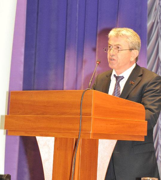 М.М. Нурудинов