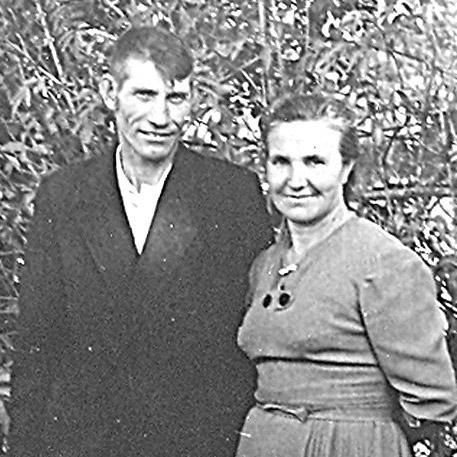 Супруги АРТЁМОВЫ (фото 1971 г.)