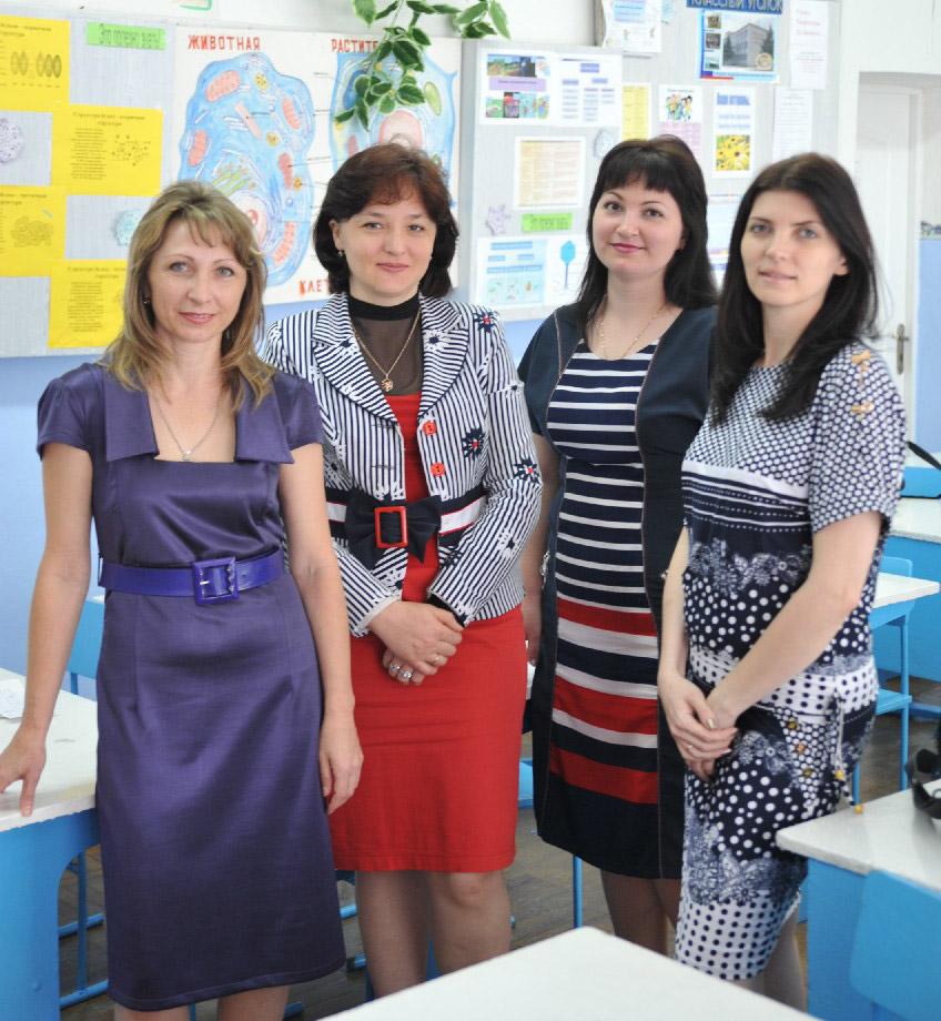 Лучшие педагоги С.М. Донец, Е.Г. Курилова, Н.Г. Кандаурова, Е.В. Марина