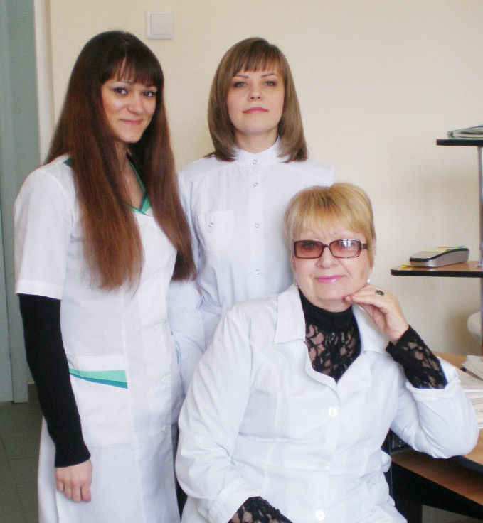 Слева направо:  О.Н. Родионова,  И.А. Колмычек  и Т.А. Подерюгина
