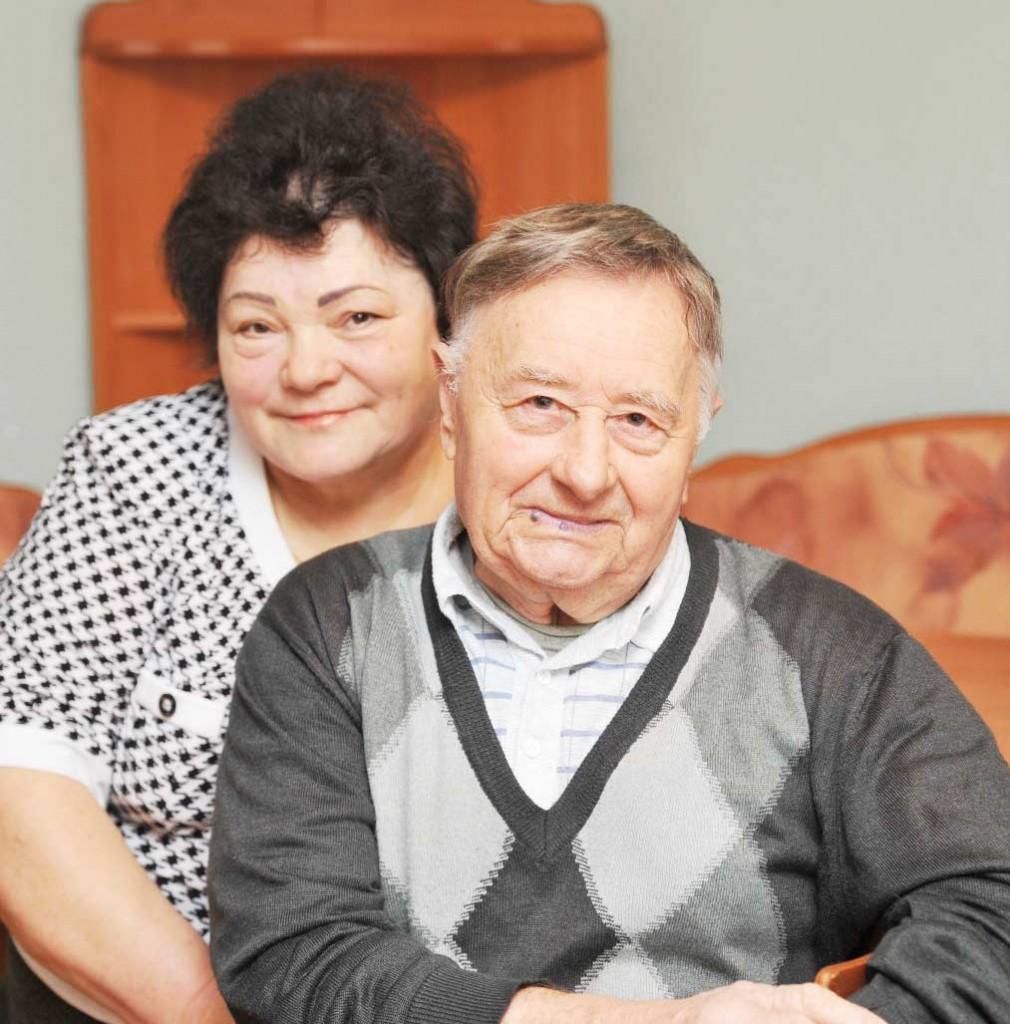 И на фото, и по жизни вместе. Рубиновые юбиляры – Людмила Григорьевна  и Иван Семенович ШВЕЦ