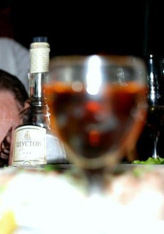 Ссора во время выпивки