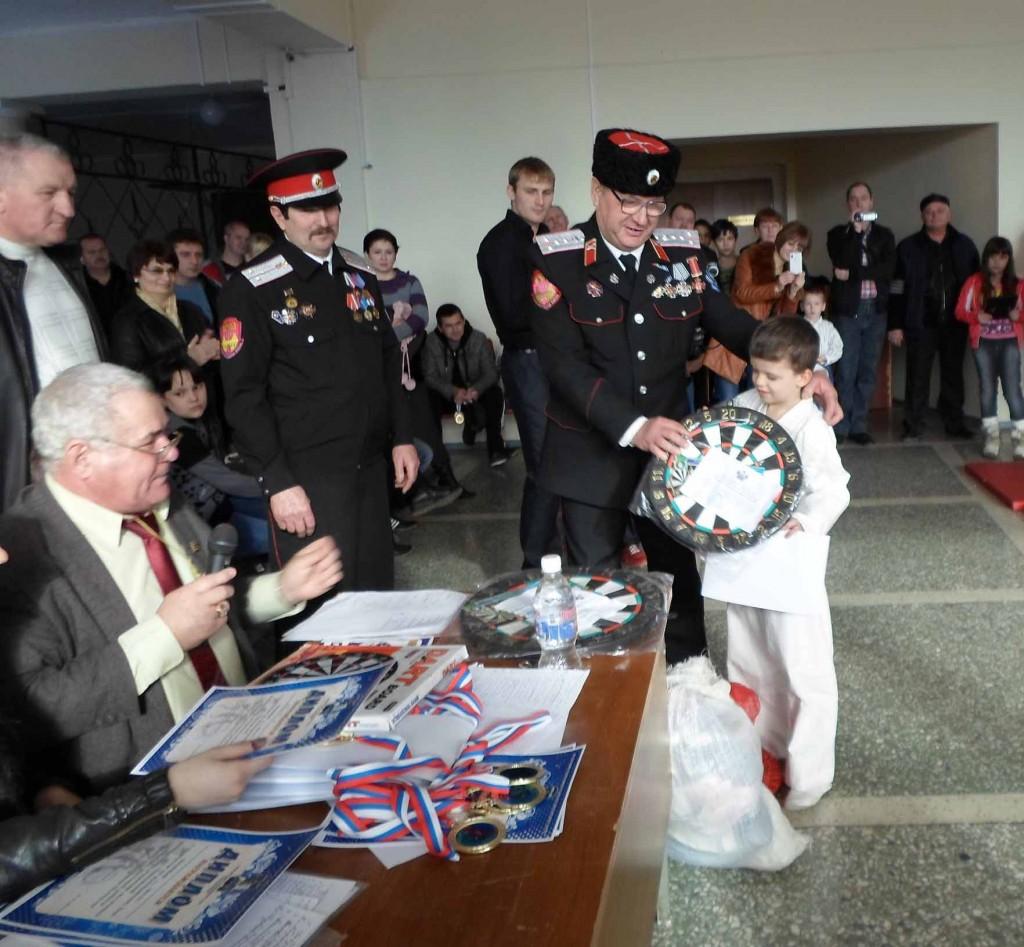 За волю к победе отмечен самый юный рукопашник Марк Новицкий. Он еще ходит в детский сад