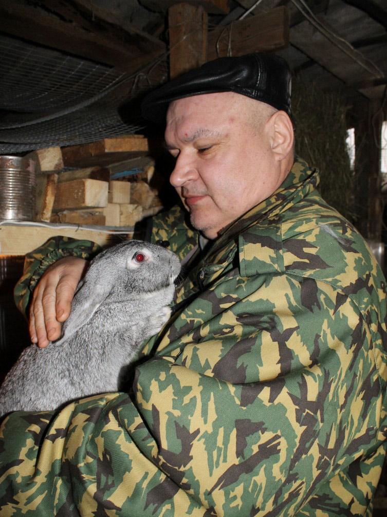 Из военных – в кролиководы