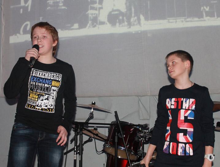 Группа «Real boys» ( Д.Лесовой, А.Орёл), фото из личного архива автора.