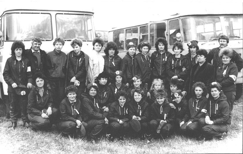 коллектив райбытуправления на соревнованиях сандружин (примерно 1989 год)