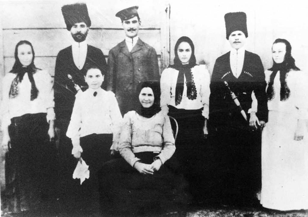 семья Клинтуха Гаврила Порфентьевича из ст. Старолеушковской