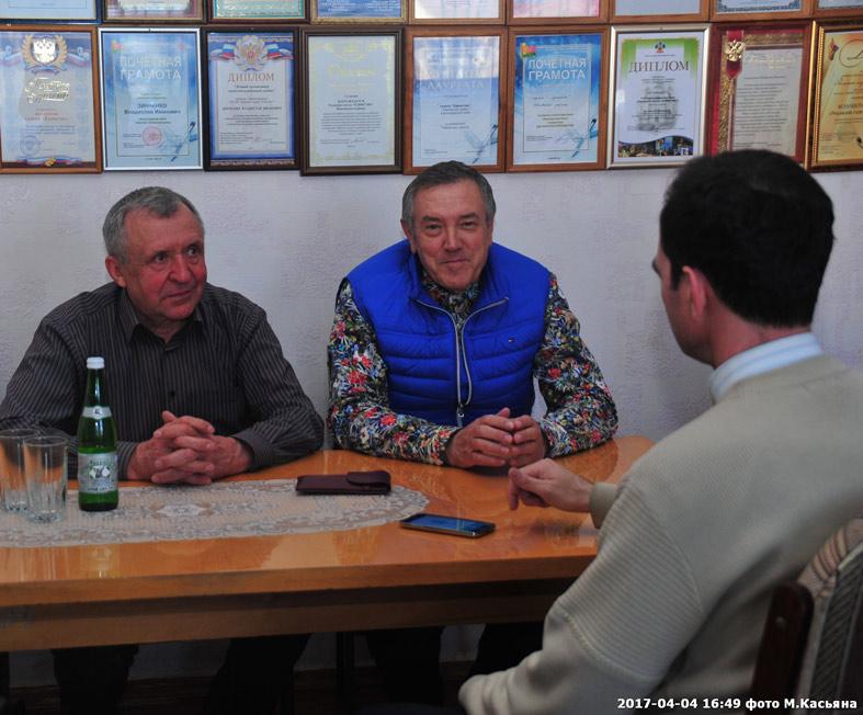 Слева направо: Виктор ПАСТЕРНАК и Николай ТИМОШЕНКО. Фото М. Касьяна.
